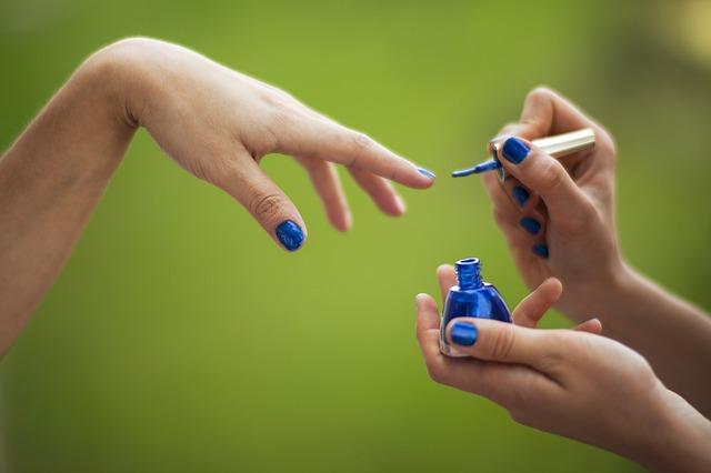 modrý lak