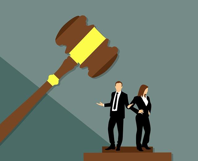 hádka na súde