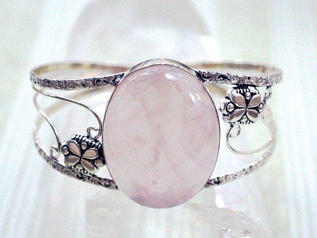 jewelry-665330_640